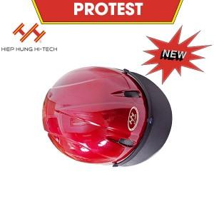 hiephung-mu-bao-hiem-protest-5